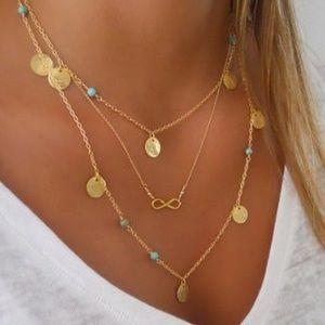 🌞 Pretty 3 layer gold tone necklace 🌞